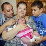 Nació beba récord en Hungría: 6 kilos y 67 cm