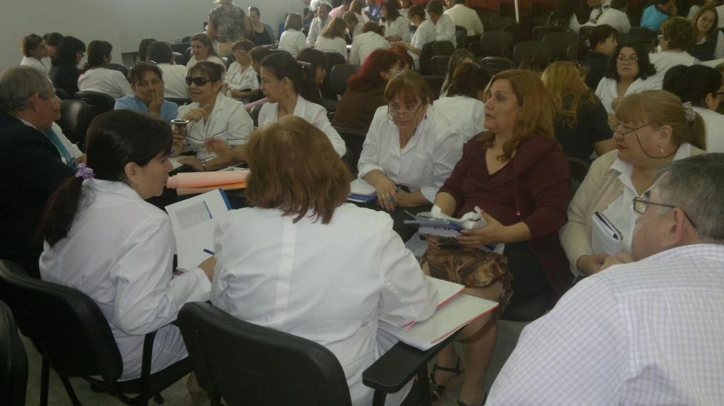 docentes retoran a las escuelas_lapa