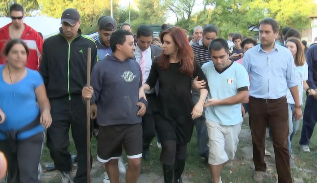 Cristina Fernández de Kirchner recorrió las zonas afectadas por el temporal